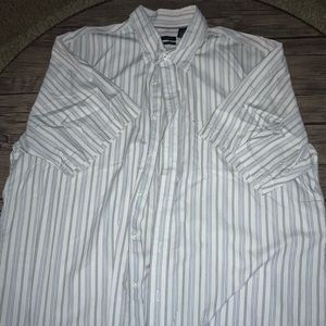 White, grey, blue stripe short sleeve dress shirt